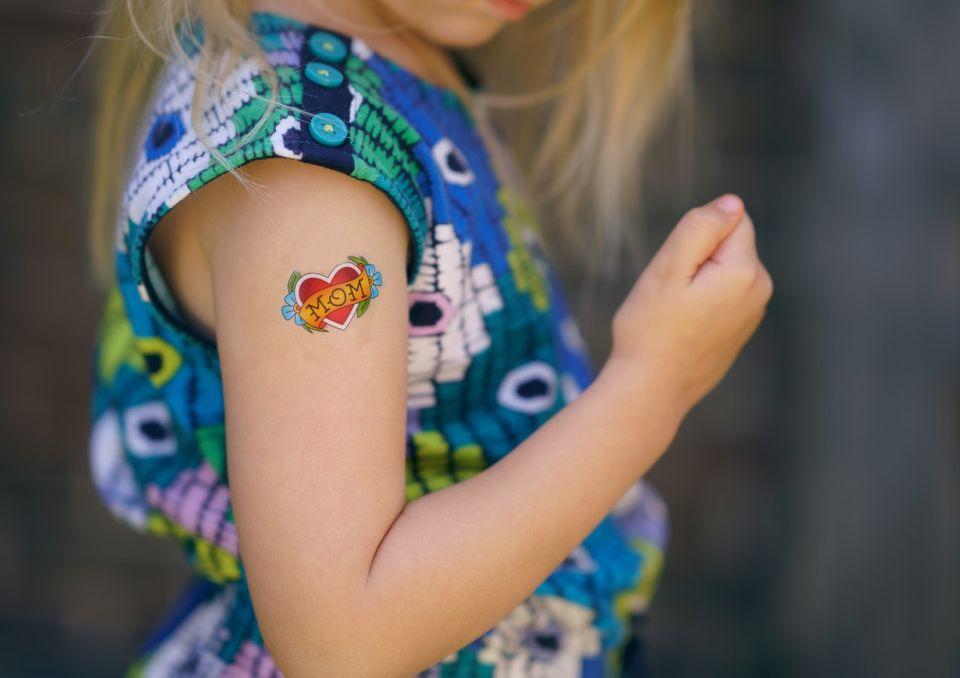 Czy Tatuaż W Pracy To Problem